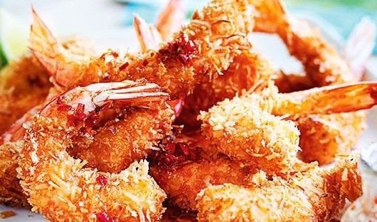 Coconut Beer Battered Prawns with Homemade Tomato Chutney